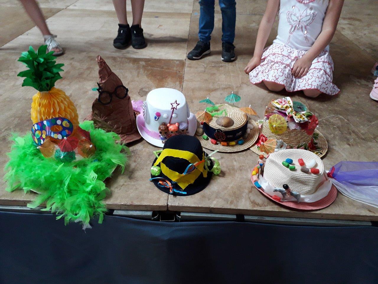 Chapeaux décorés (3)