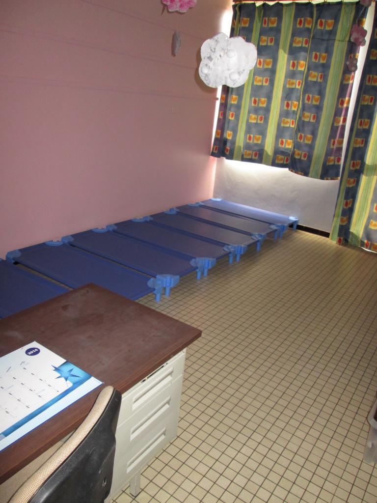 Le dortoir des petits (2)