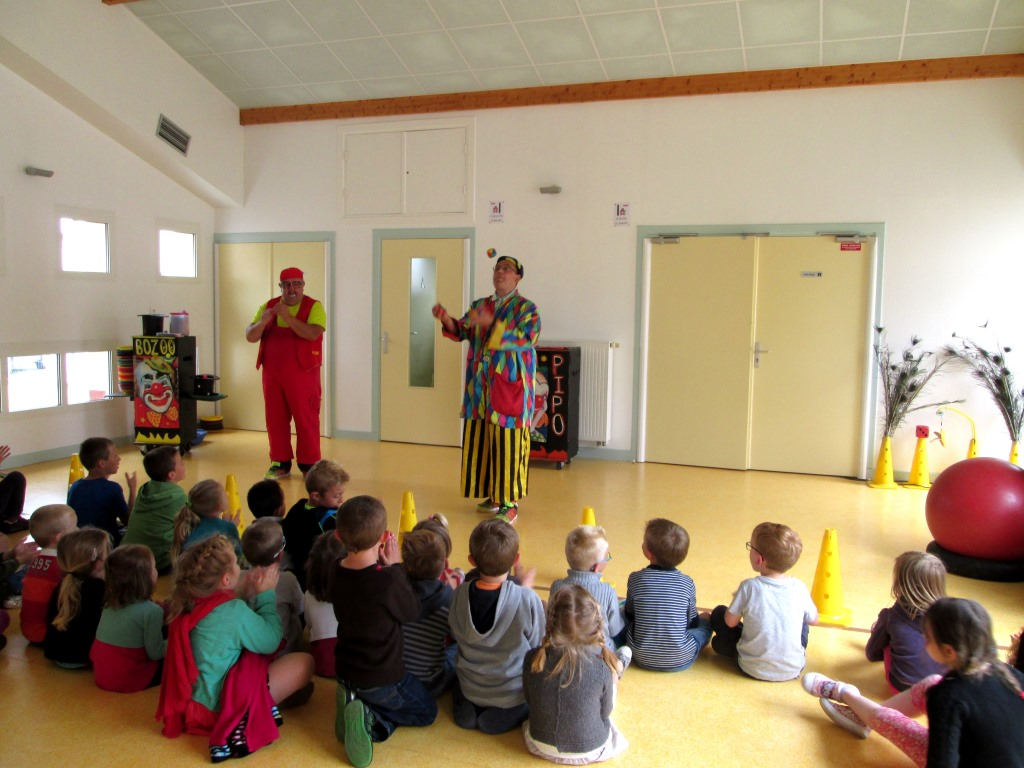 Spectacle de clowns (1)