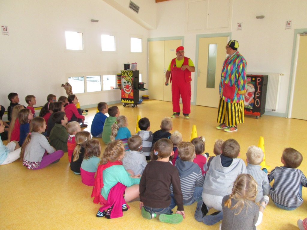 Spectacle de clowns (2)