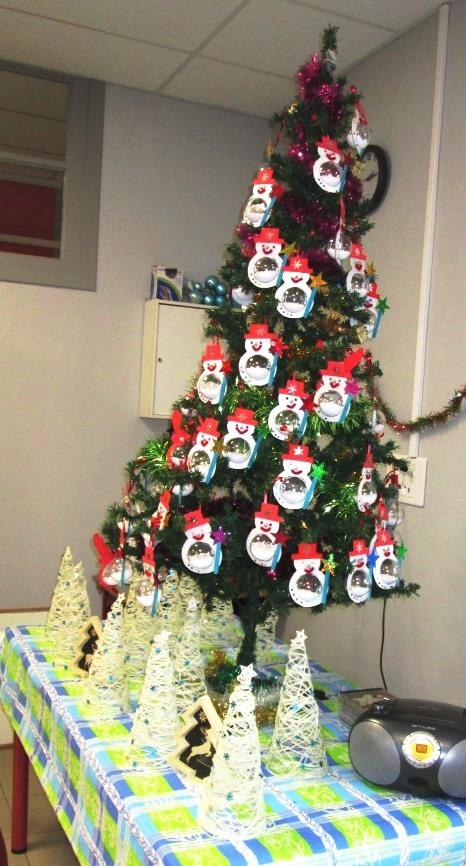 spectacle et goûter de Noël (13)